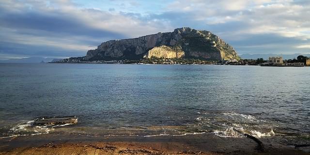 mondello spiaggia palermo sicilia 1