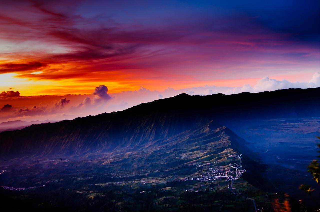 8 mount bromo sunset