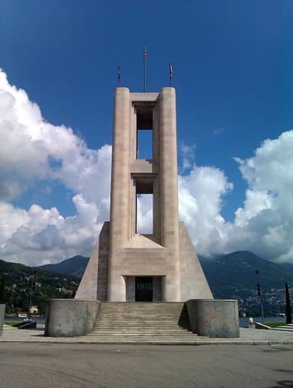 monumento dei caduti como