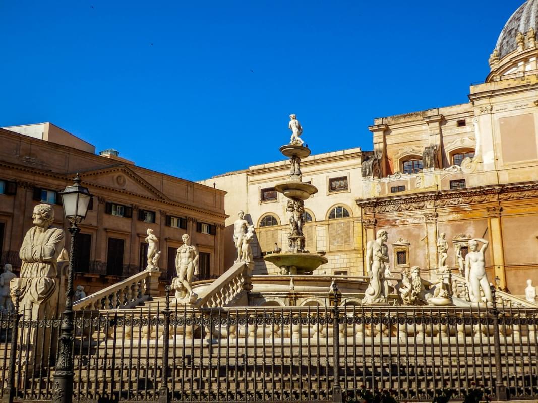 piazza pretoria palermo fontana