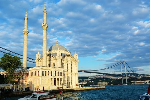 moschea di ortakoy istanbul turchia