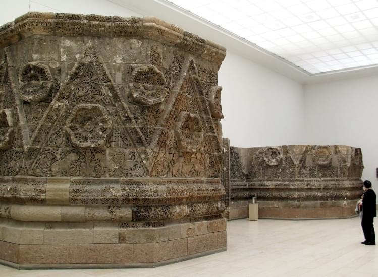 mschatta facciata pergamonmuseum