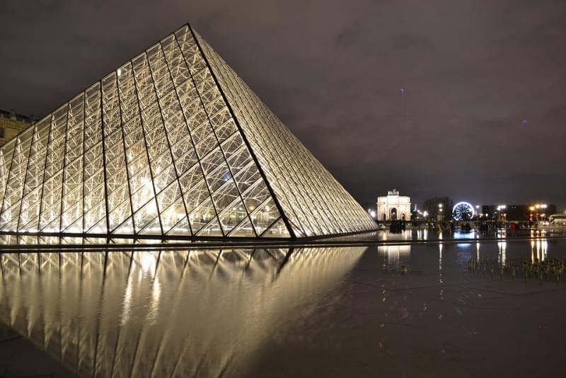 museo louvre piu grande al mondo