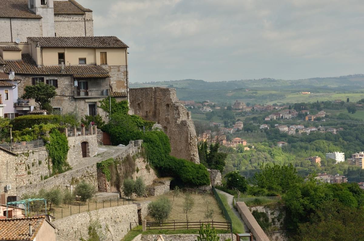 narni italia veduta paese citt c3 a0