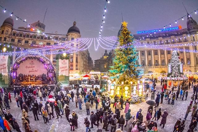 natale piazza universit bucarest