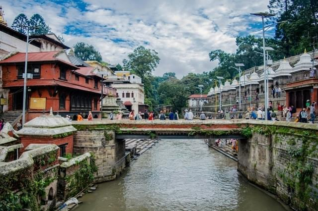 nepal kathmandu pasuptinath asia