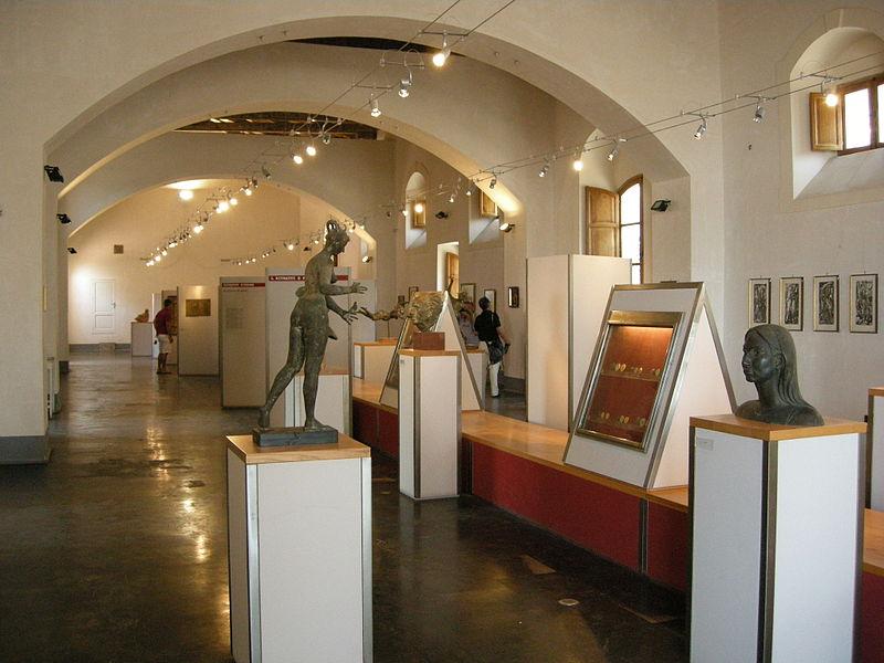 palazzo landolina museo civico noto