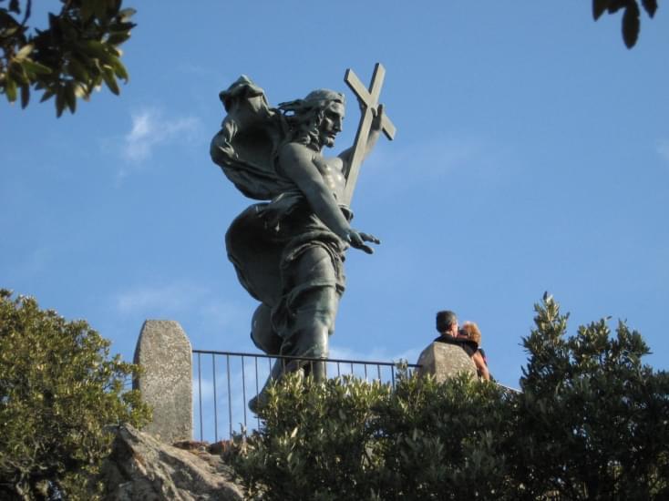 nuoro statua del redentore monte ortobene