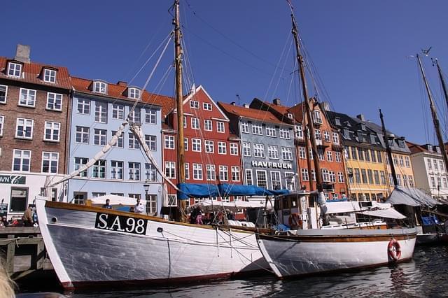 nyhavn barche porto canale