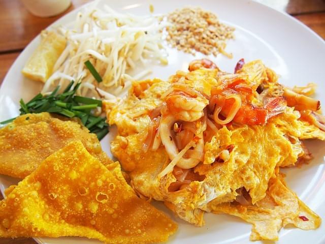 pad thai cibo tailandese cibo salato