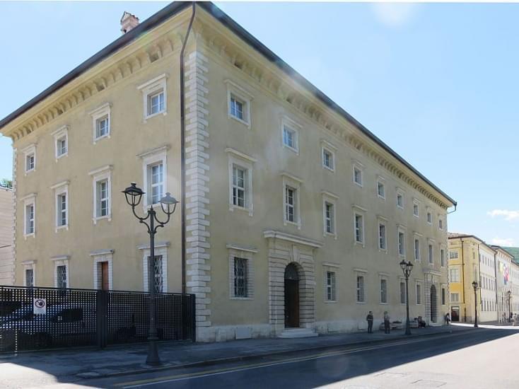 palazzo ex annona rovereto 2