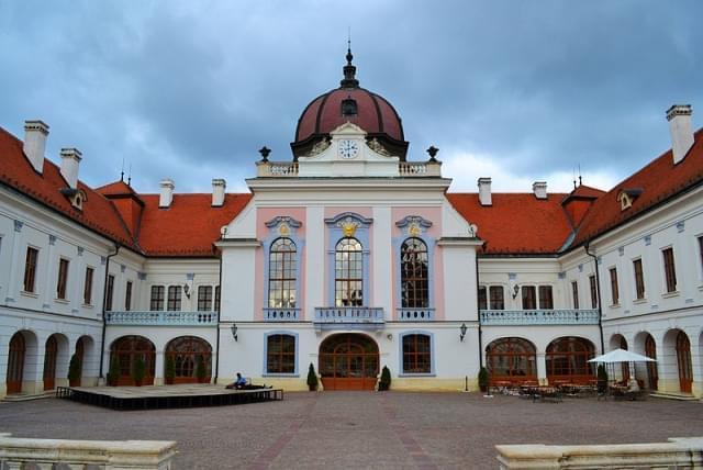 palazzo reale di gdlle 337
