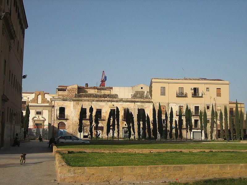 Piazza della Magione