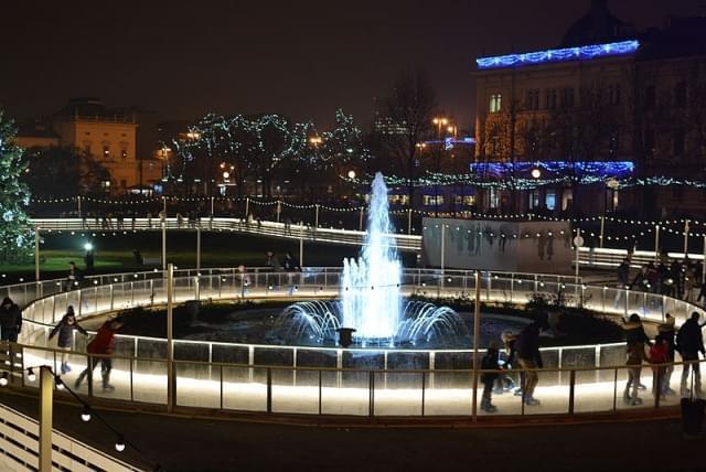 piazza tomislav zagabria pista pattinaggio ghiaccio
