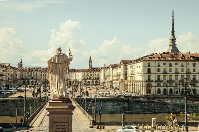 piazza vittorio torino italia plaza 1