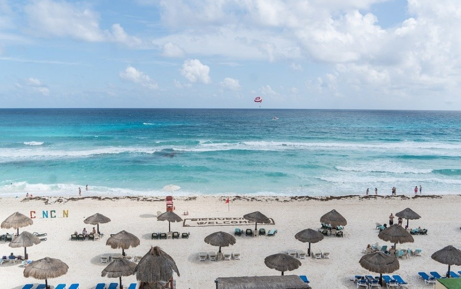 playa tortugas cancun