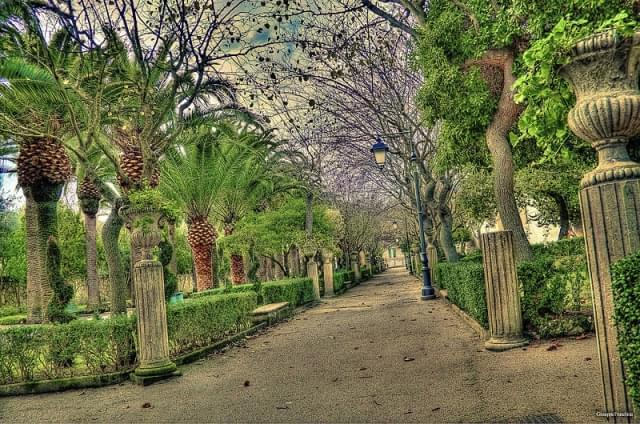 ragusa ibla giardini ibleo vialetto