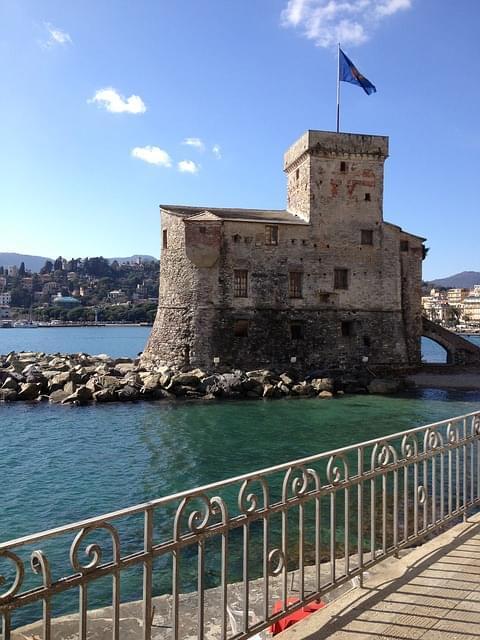 castello di rapallo liguria cinque terre