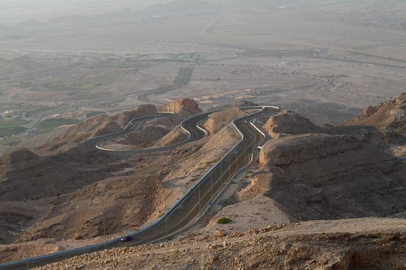 02 jebel hafeet mountain road new