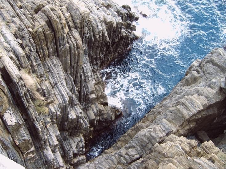 rocce sul mare sestri