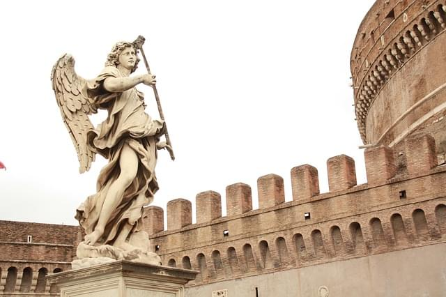 statua di Sant'Angelo a Castel Sant'Angelo
