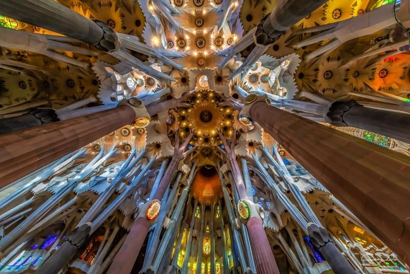 sagrada familia colonne interne