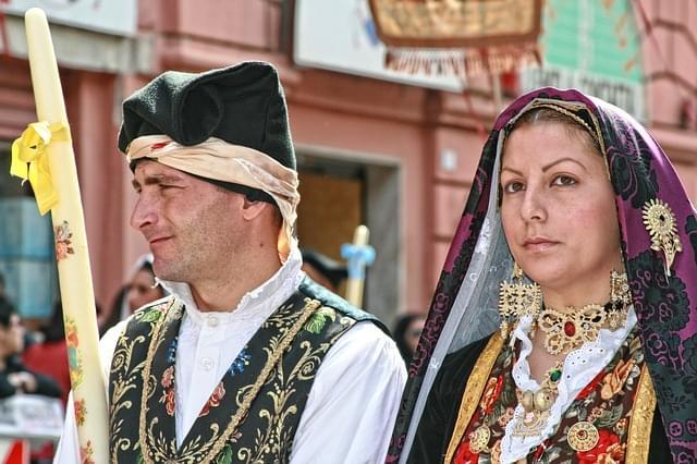 Costumi storici Sardi