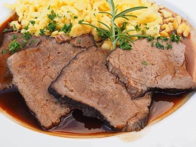 sauerbraten carne piatto di carne 1