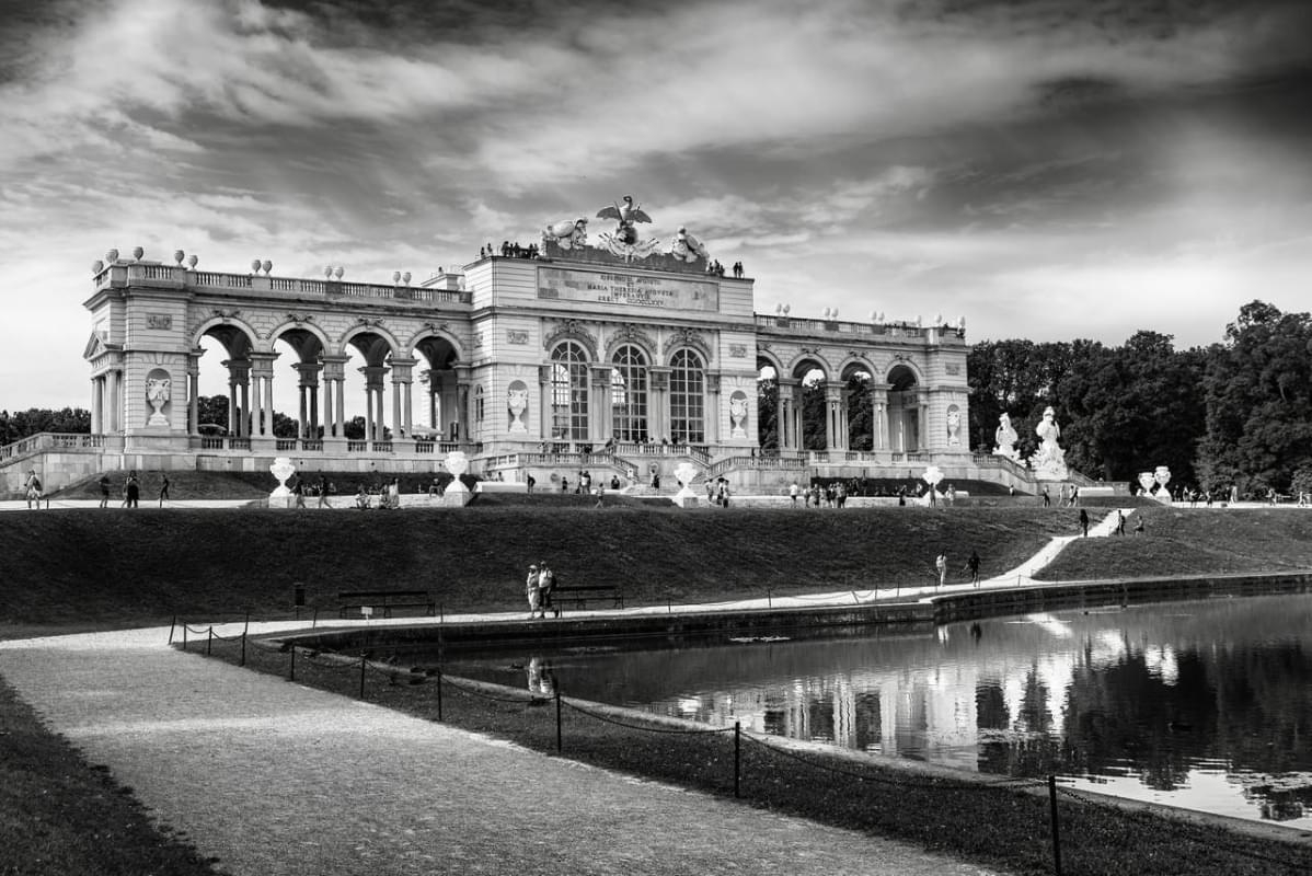 schonbrunn palace esterno