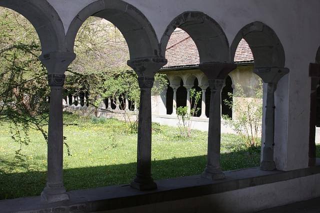 sciaffusa monastero chiostro