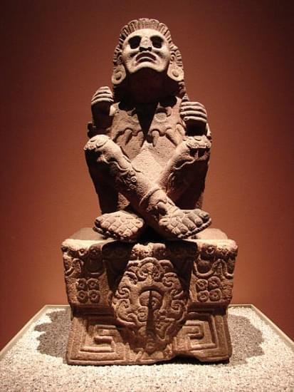 scultura di mictlantecuhtli