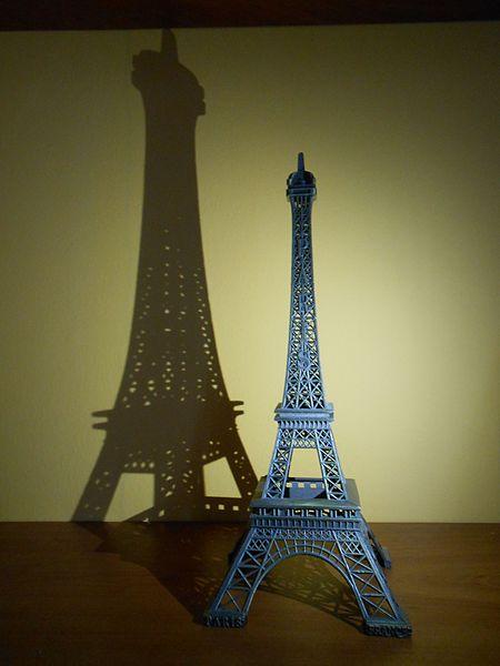 03 souvenir torre eiffel
