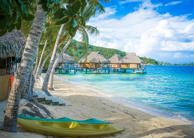 panoramica della spiaggia isola moorea