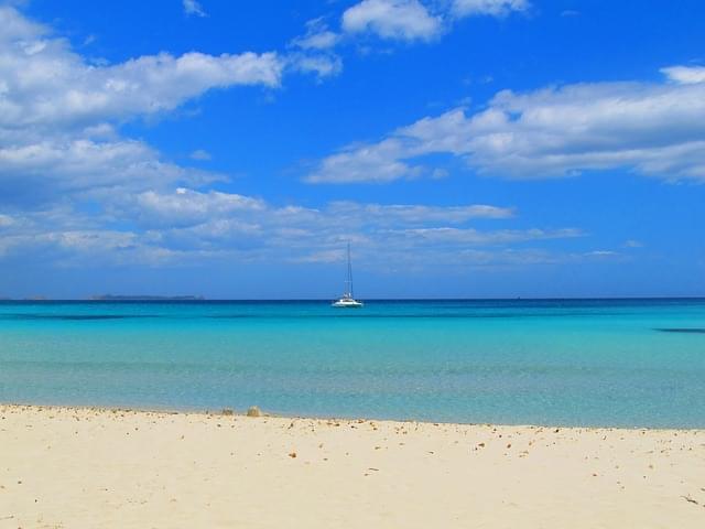 spiaggia sardegna santa giusta