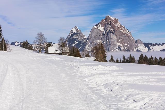 svizzera stoos villaggio alpino