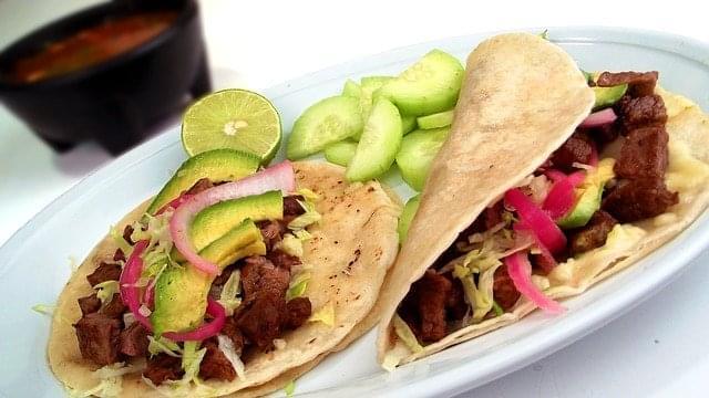 tacos messicano carne asada cibo