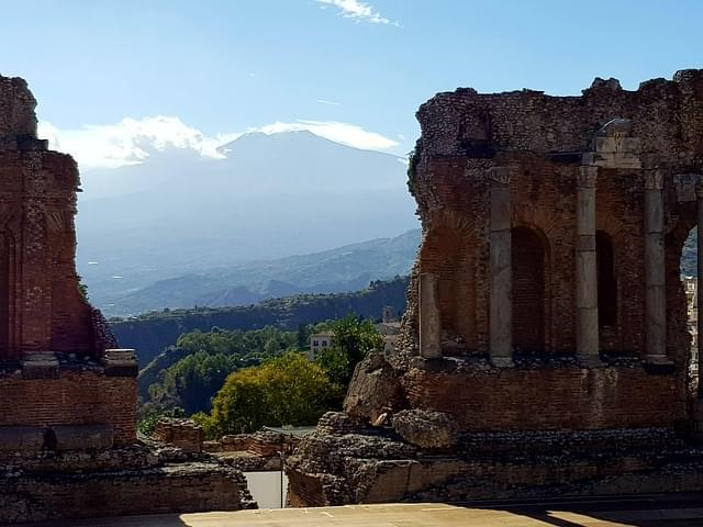 taormina etna sicilia teatro greco 1