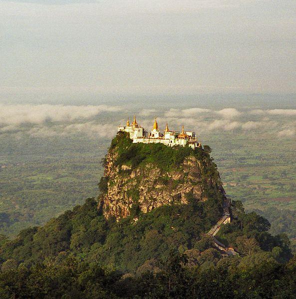 Monastero di Taung Kalat - Birmania