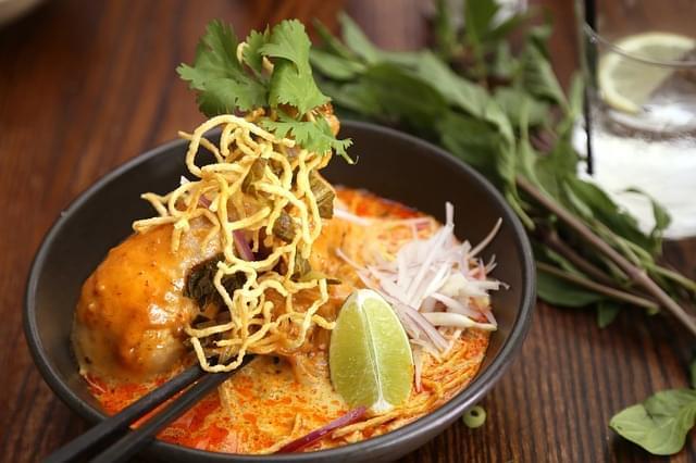 thai noodle khao soi