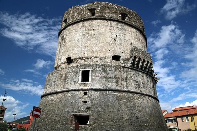 torre di castruccio avenza