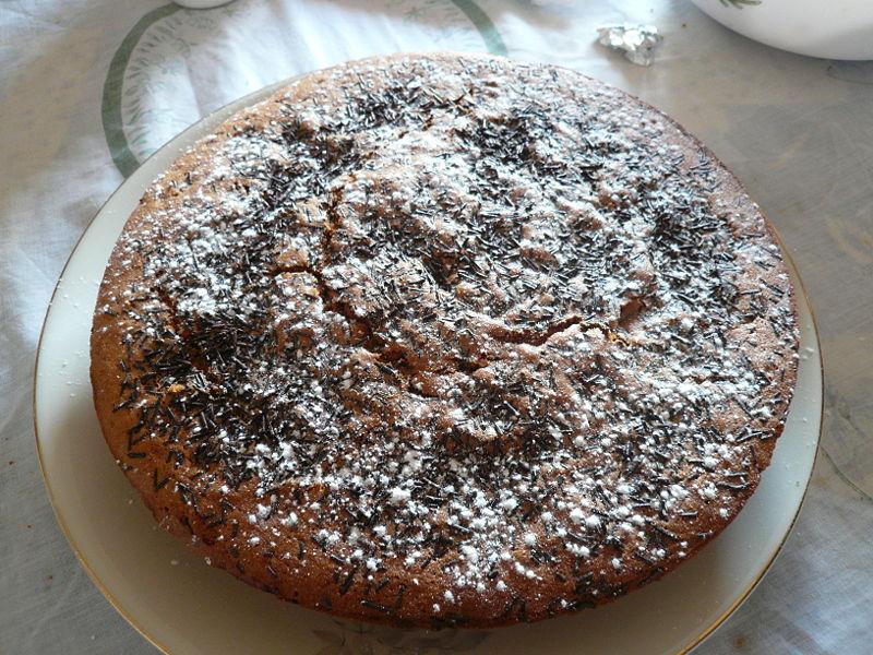 la particolare torta di pane