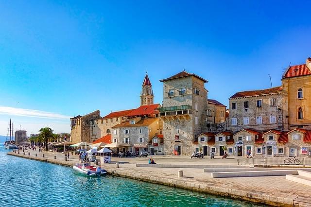 trogir tra dalmazia croazia