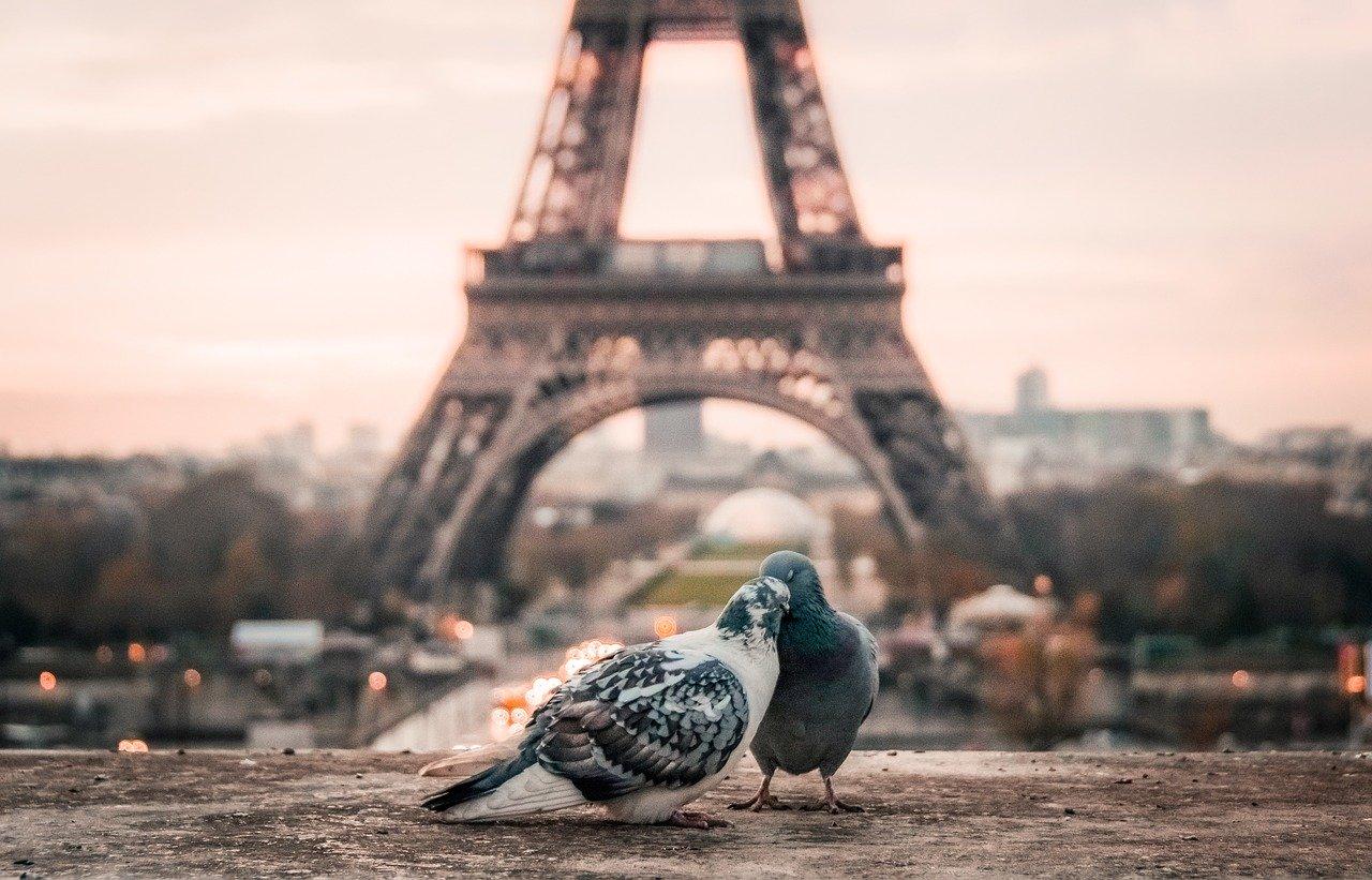 Parigi città romantica