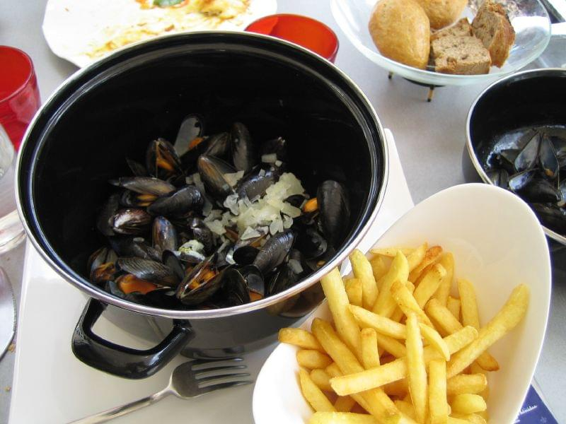 un duo indiscutibile in cucina, moules et frites