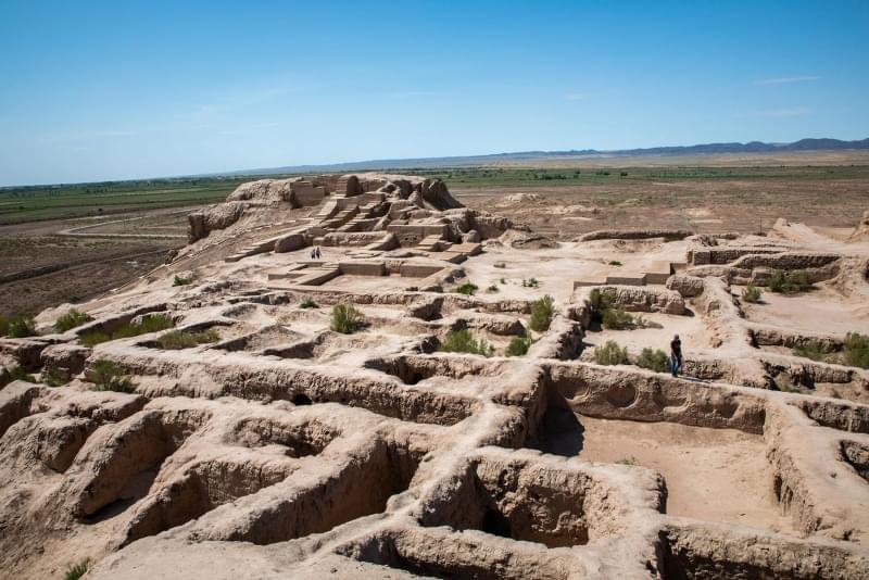 uzbekistan deserto karakalpastan castello del deserto toprak qala 1