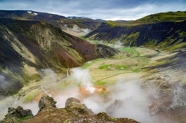 valle termale reykjadalur
