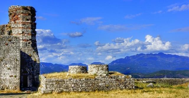 vecchio castello di rozafa albania
