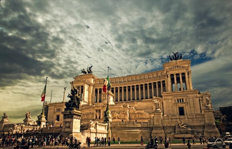 vittoriano di Roma vista serale