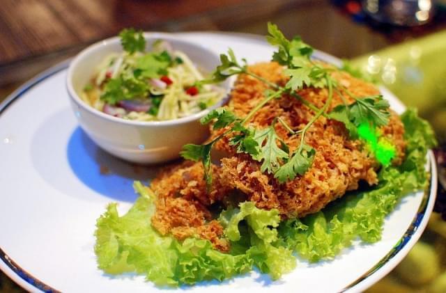 yum pladook foo pesce gatto mango verde fritto
