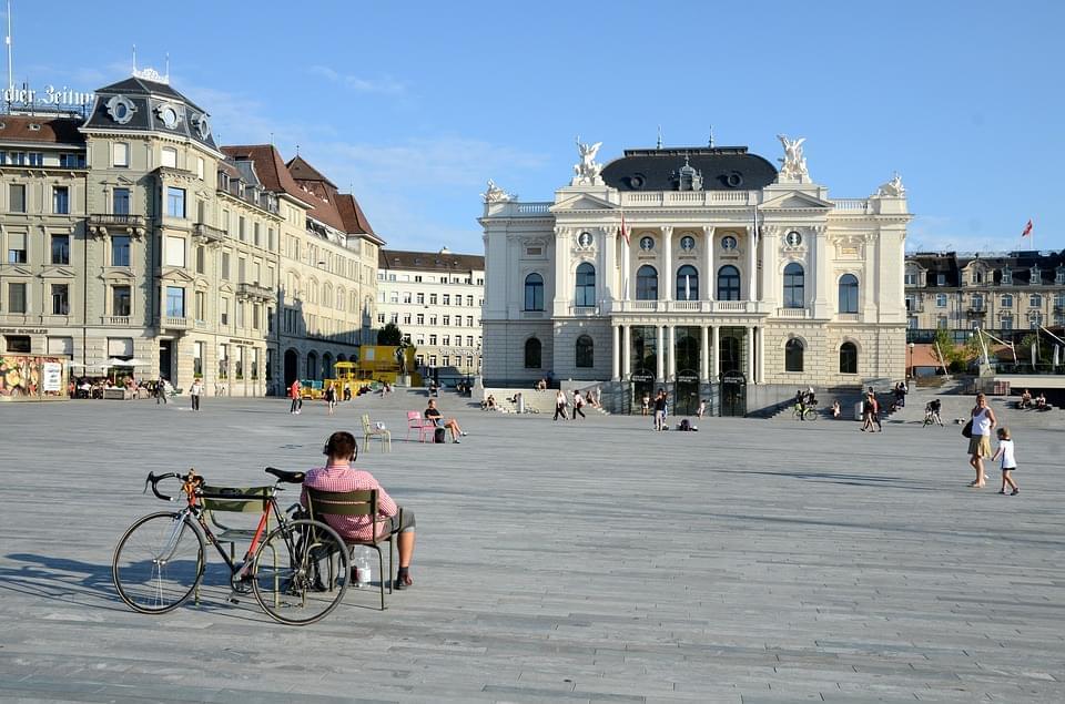 zurigo opera house